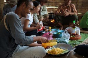 Cooking Lao local food with the guides from communities